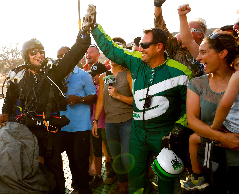 Skydiver overleeft sprong van 7600m zonder parachute