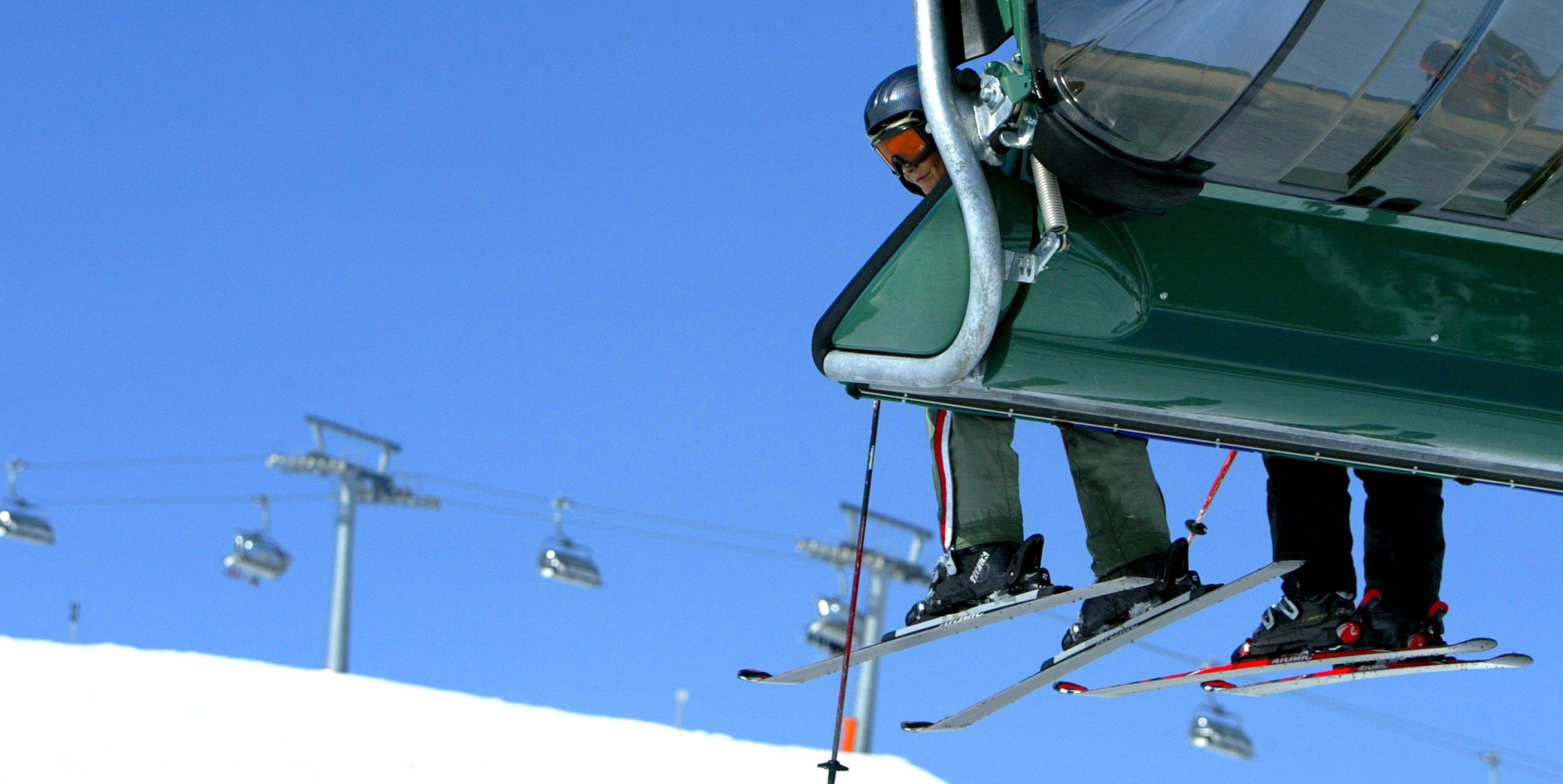 Waar je goedkoop kunt skiën, of juist heel duur…