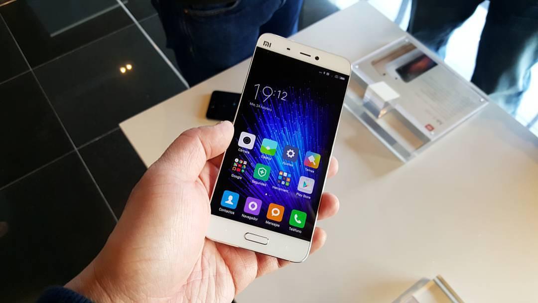 Waarom niet iedereen en Chinese smartphone heeft