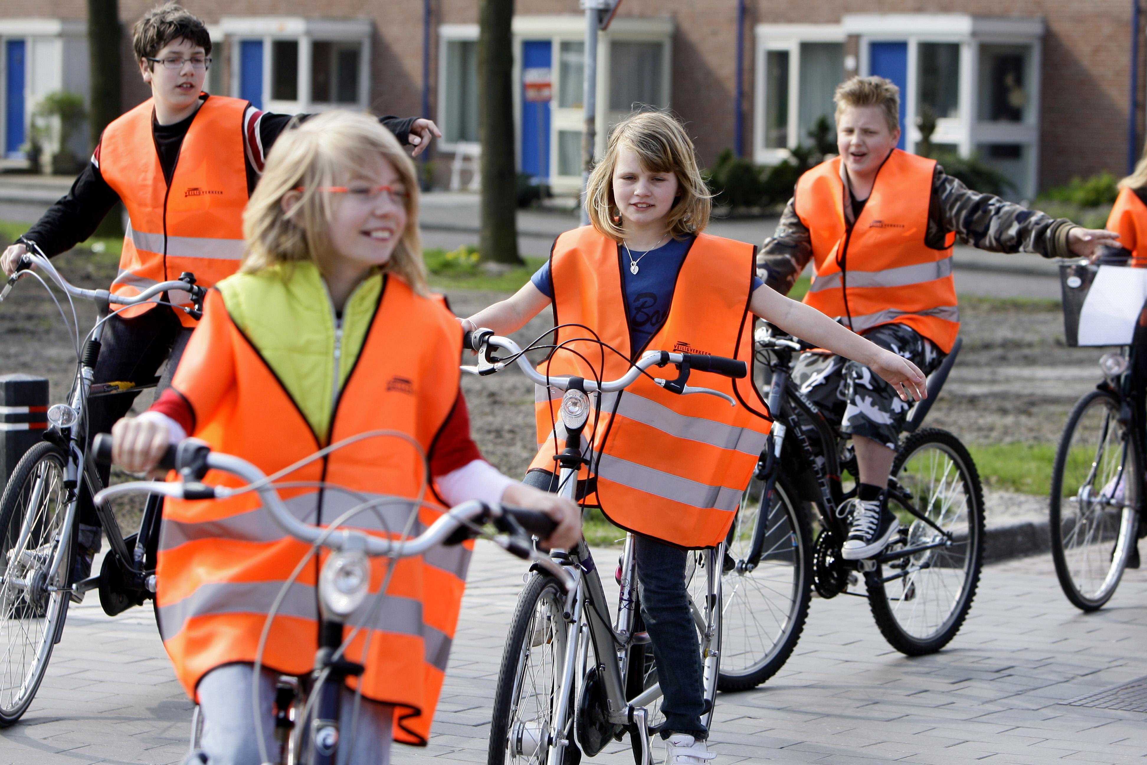 'Kinderen kunnen steeds vaker niet goed fietsen'