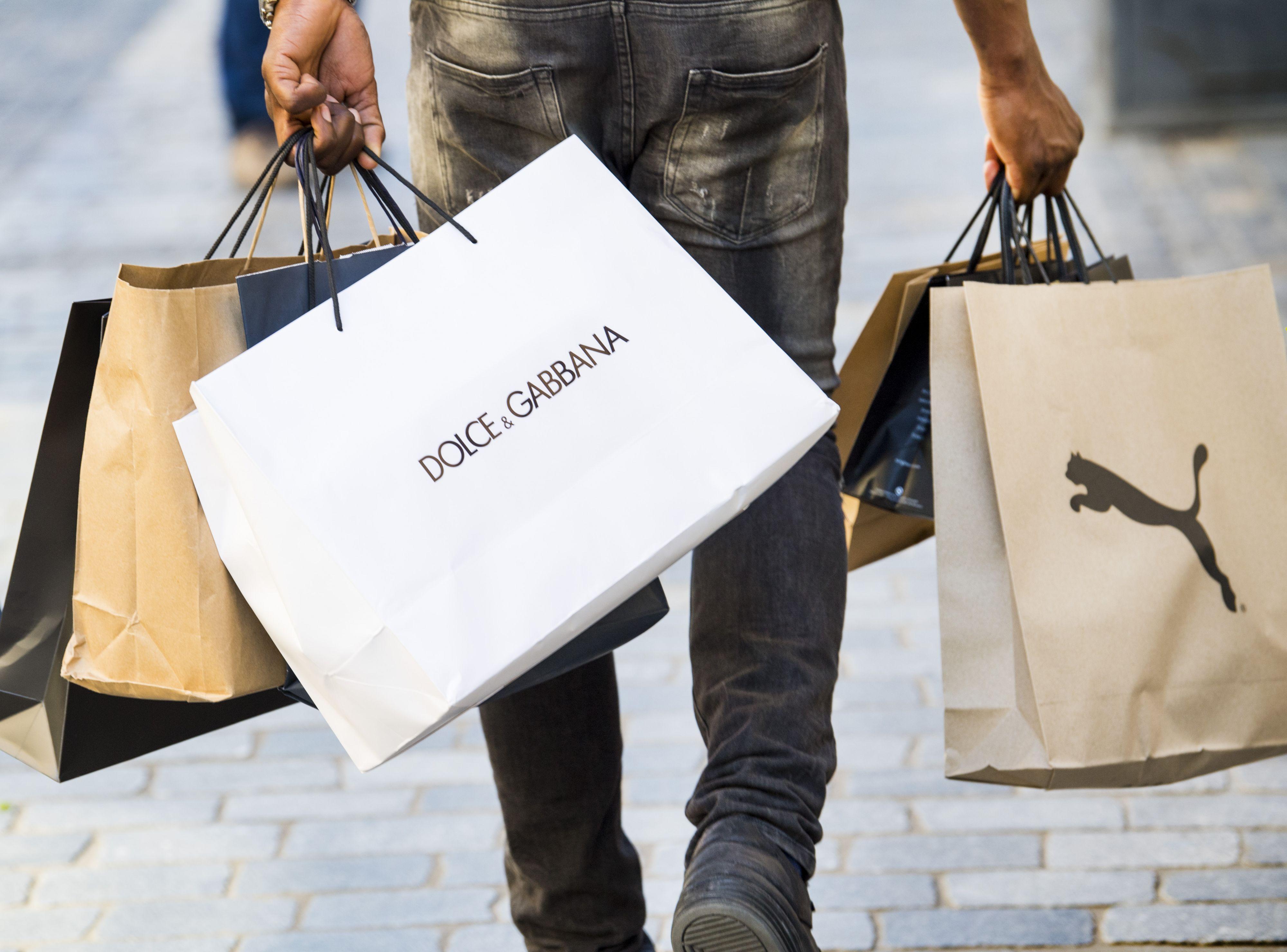 'Laat winkelier op zondag zelf bepalen open te gaan'