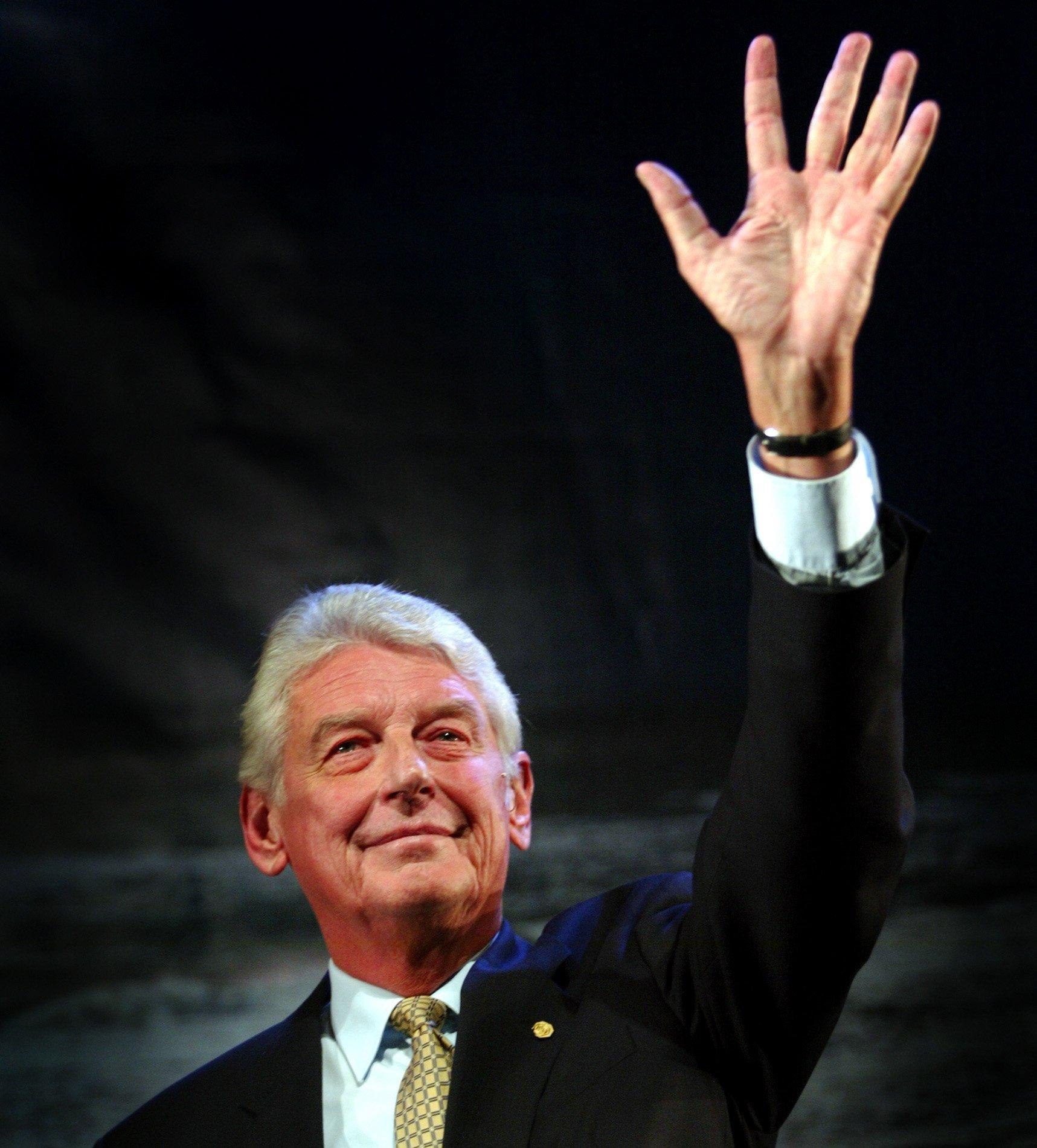 Oud-premier Wim Kok is overleden