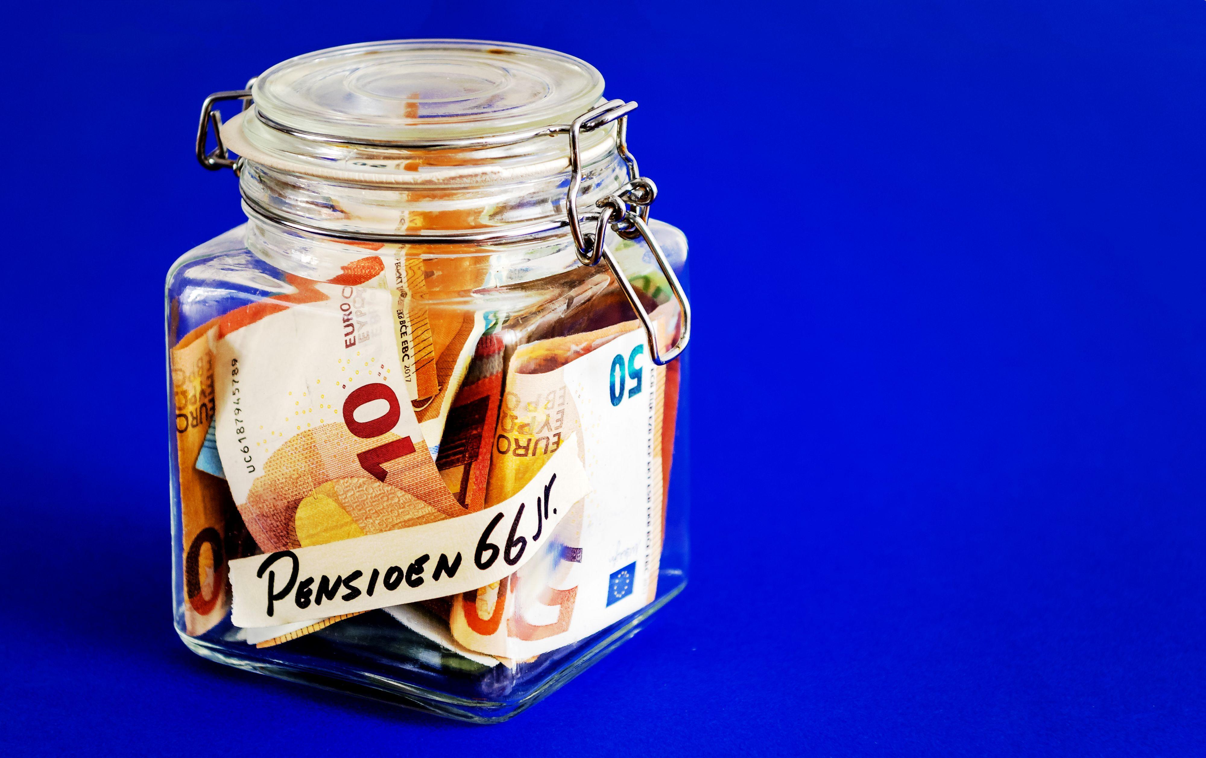 Pensioensparen: 'Start er zo snel mogelijk mee'