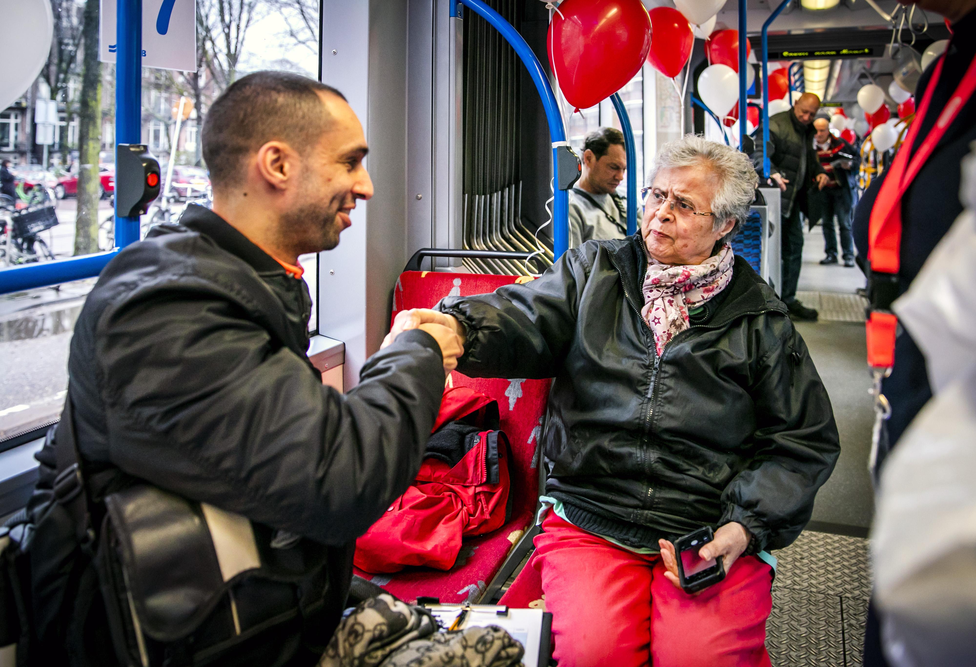 Jongeren speeddaten met ouderen in Ommoord - OPEN Rotterdam