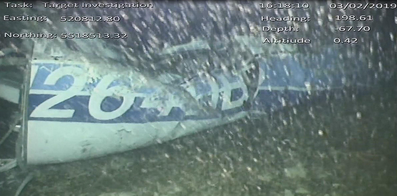 Lichaam geborgen uit wrak vliegtuig Sala