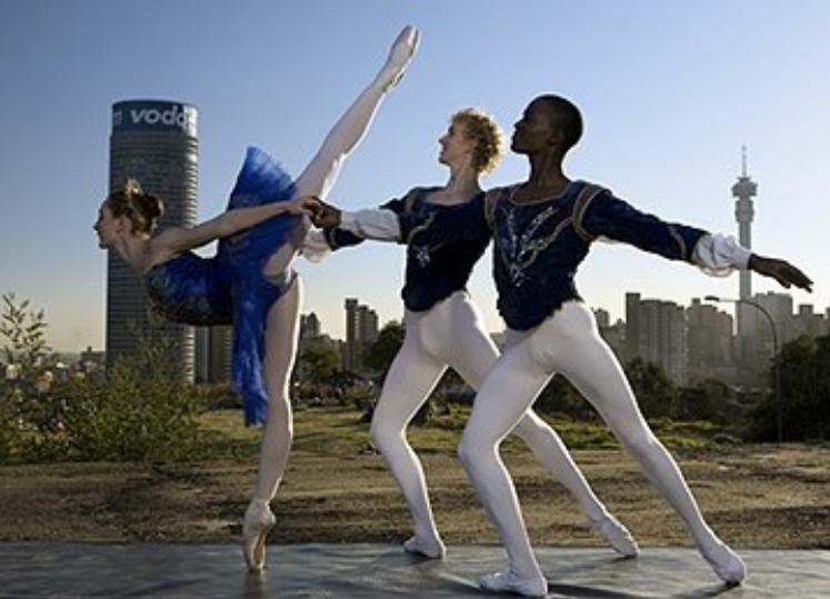 Zuid-Afrikaanse Dance Battle live op Facebook