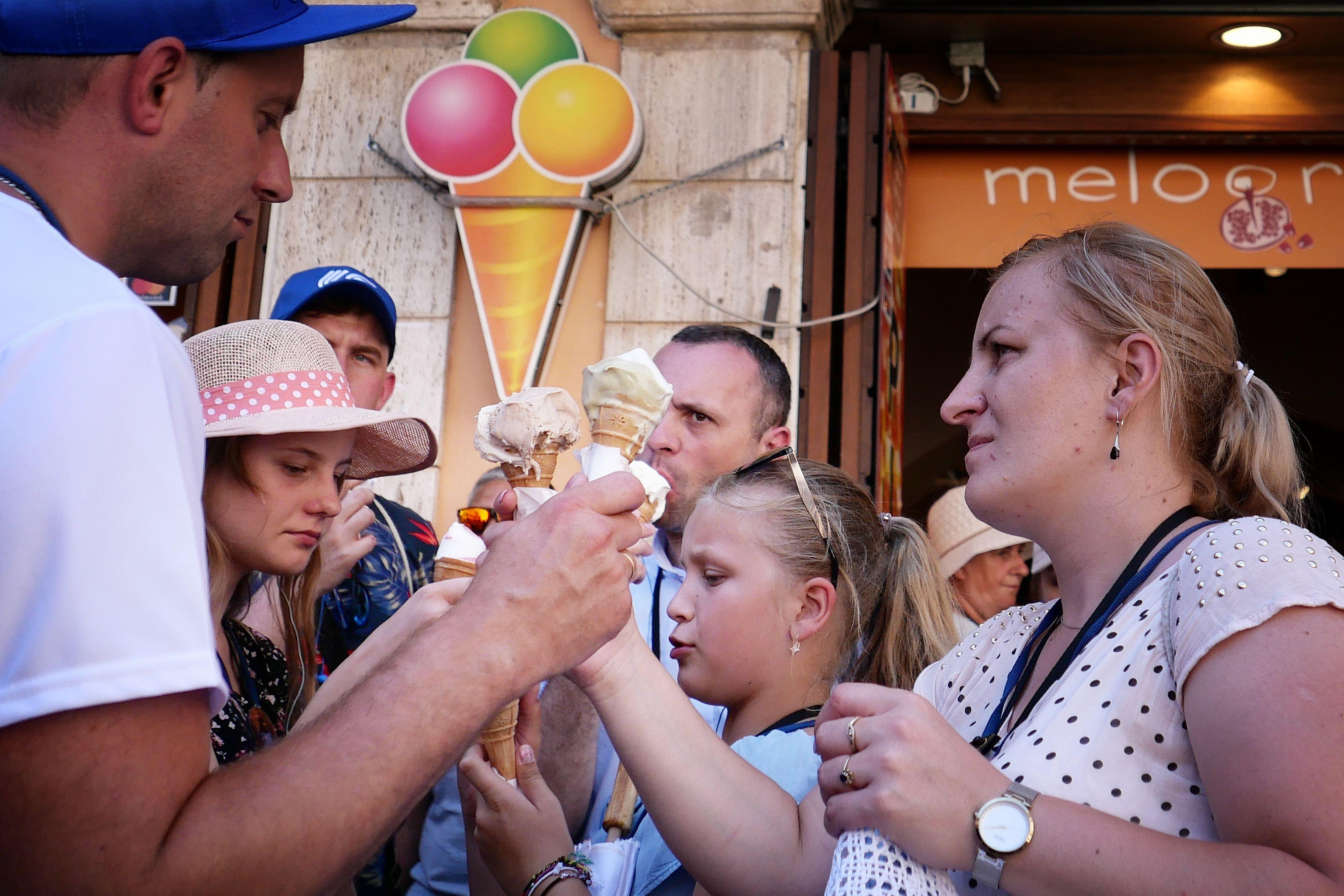 Rome gaat aso-toeristen en -Romeinen bekeuren.
