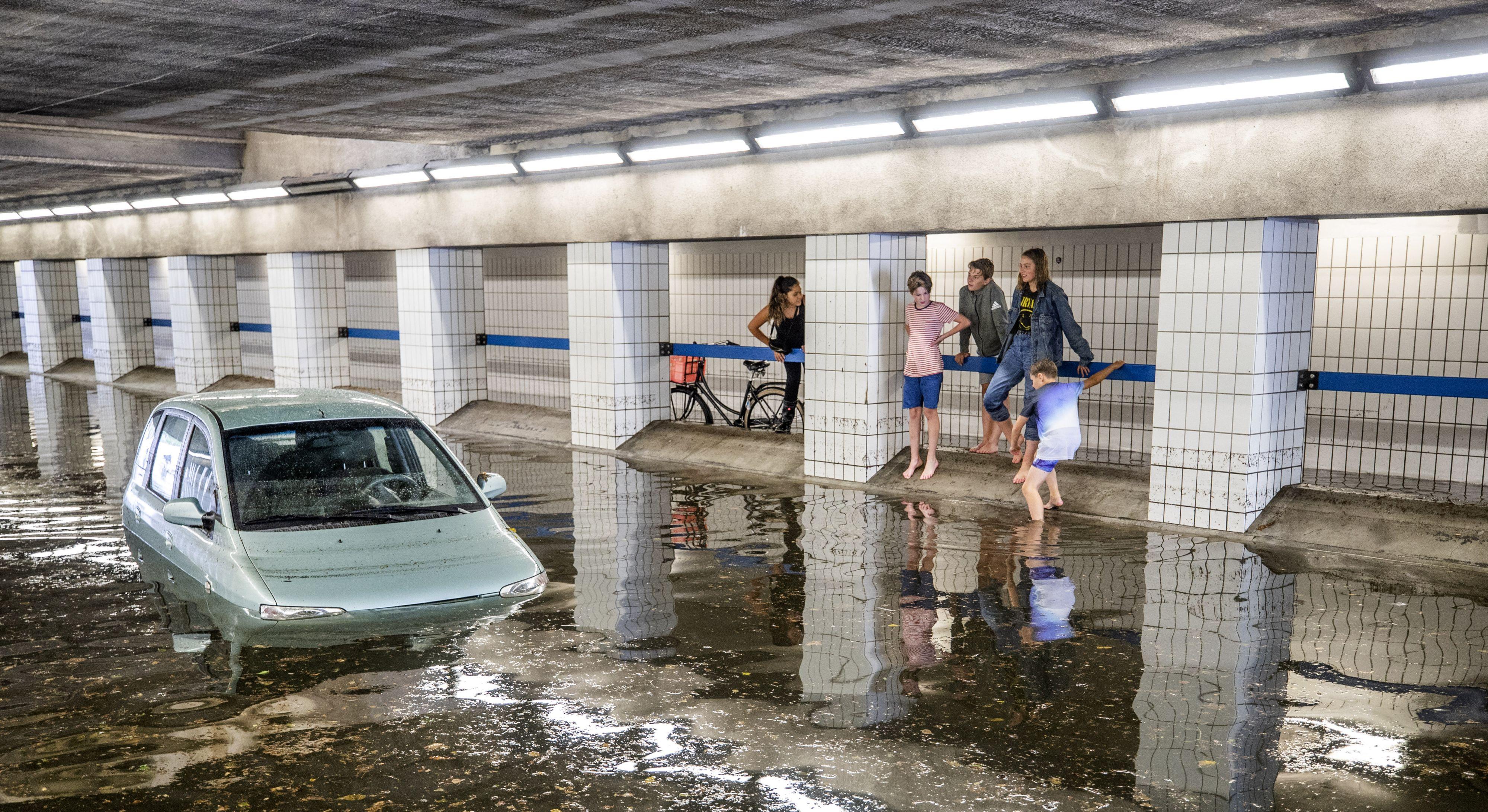 In Hilversum viel net zo veel regen als in een maand