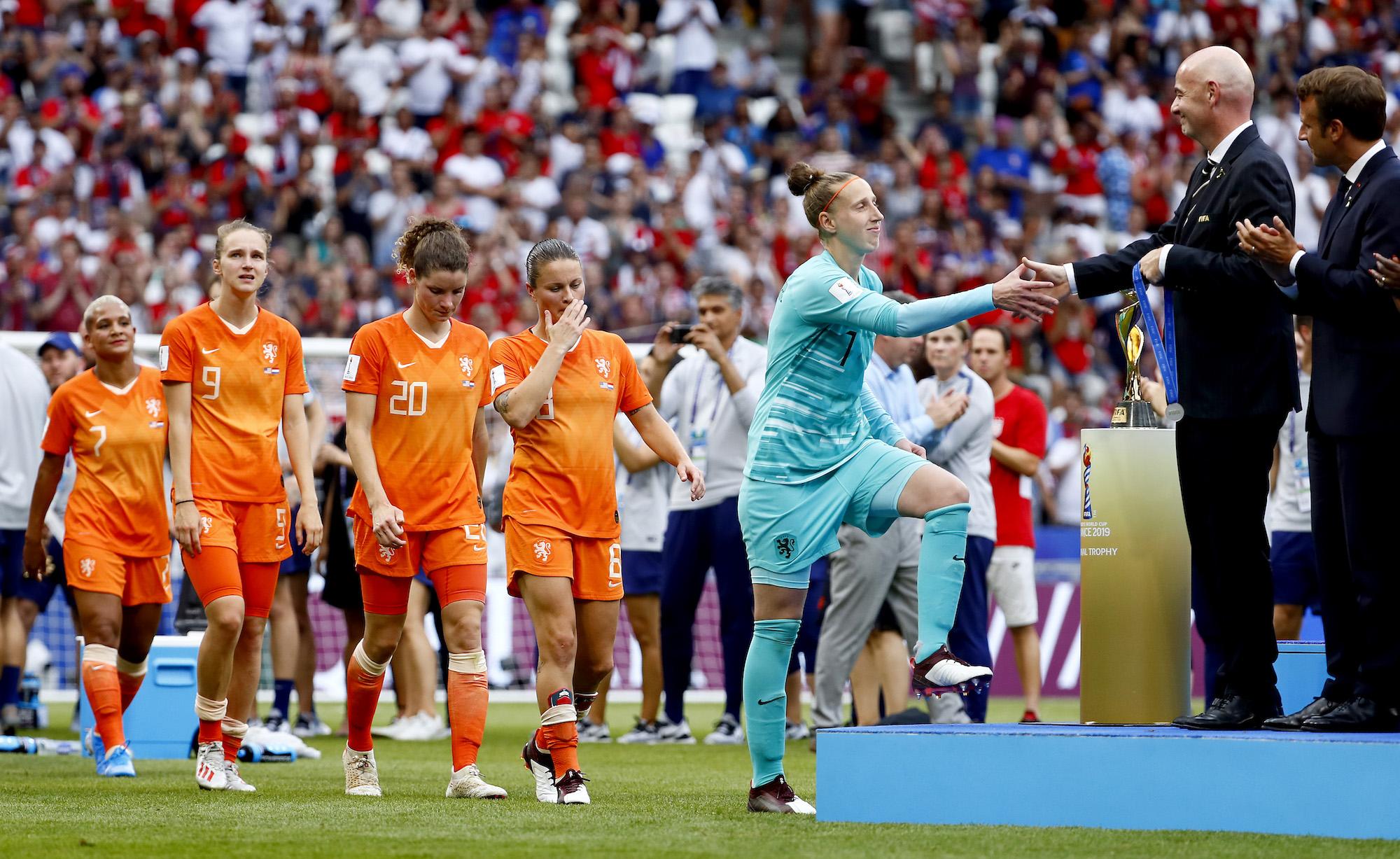 Van Veenendaal verkozen tot beste keepster van WK.