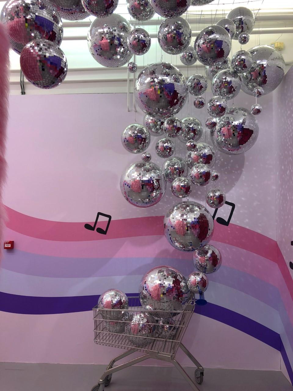 Pop-up museum WONDR: Instagram-walhalla of speeltuin voor volwassene?