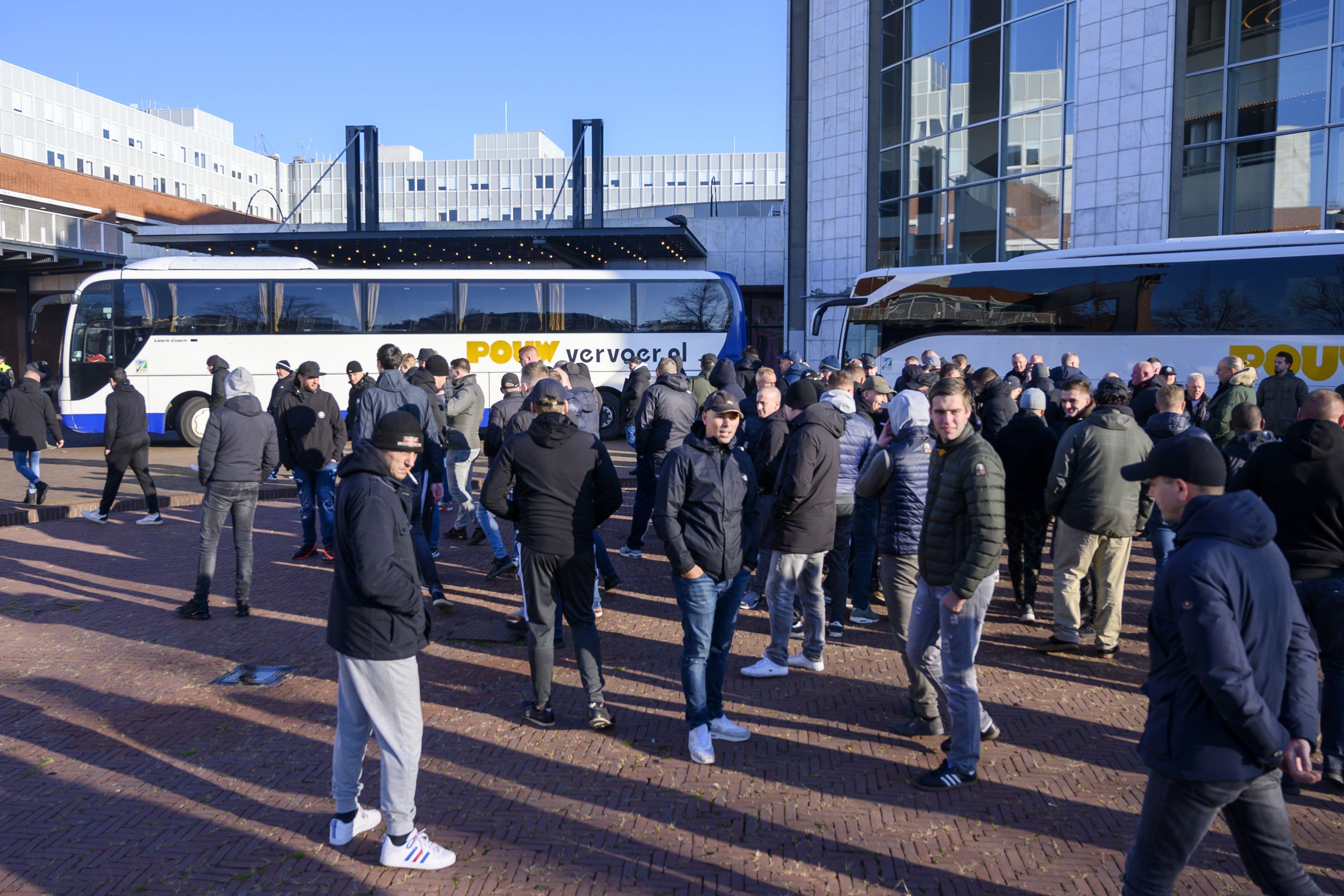 Ajax speelt Chelsea-kater swingend weg