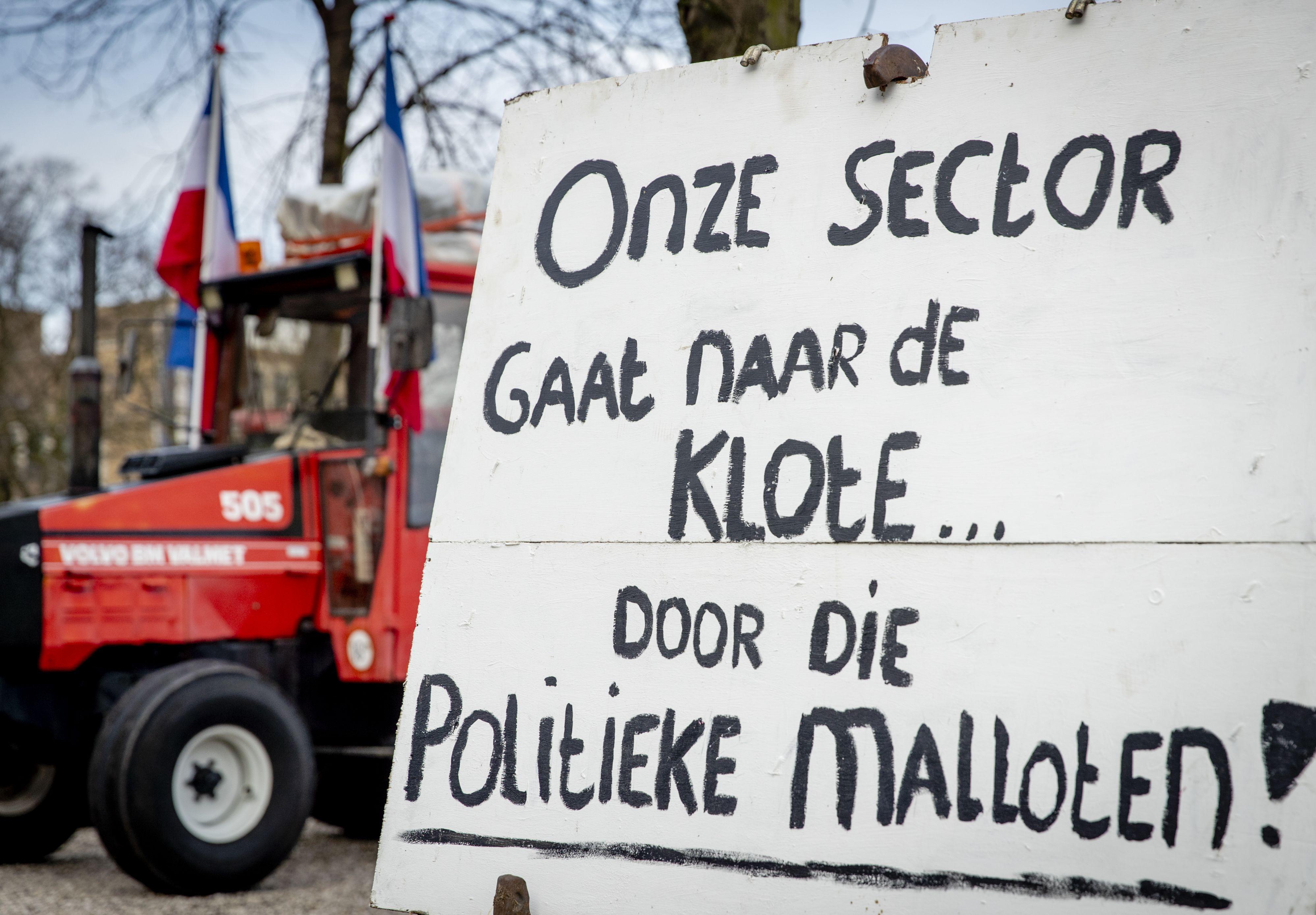 Toch boeren met trekkers in Den Haag