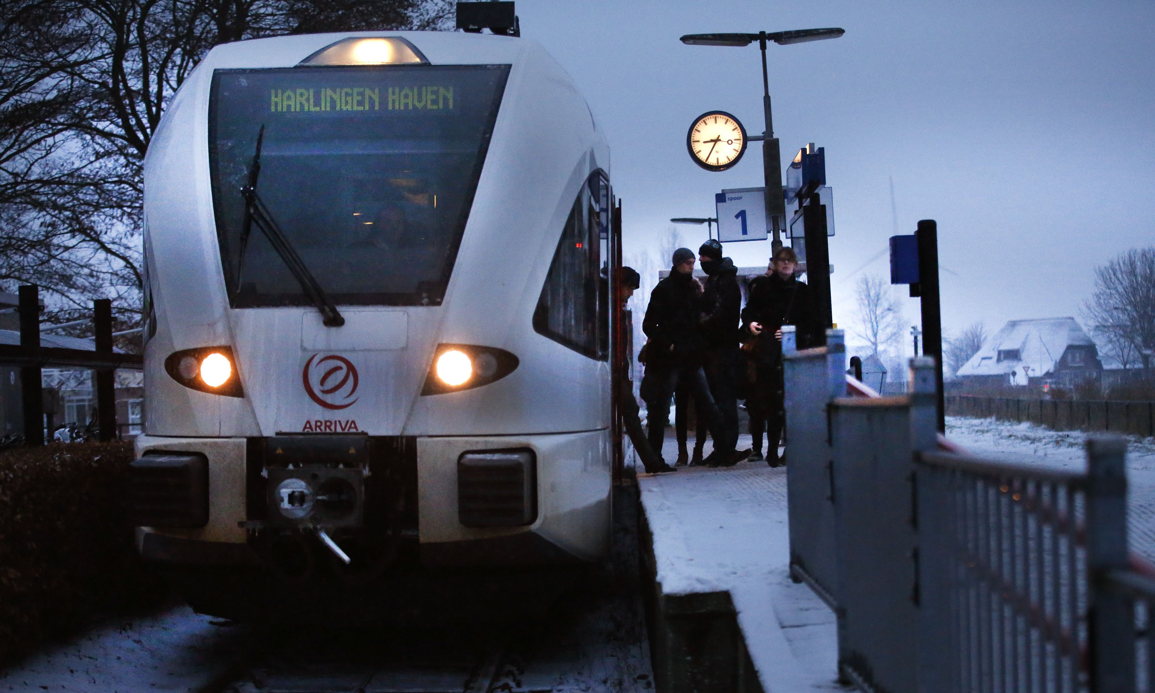 Hoge nood op het Friese spoor: geen wc