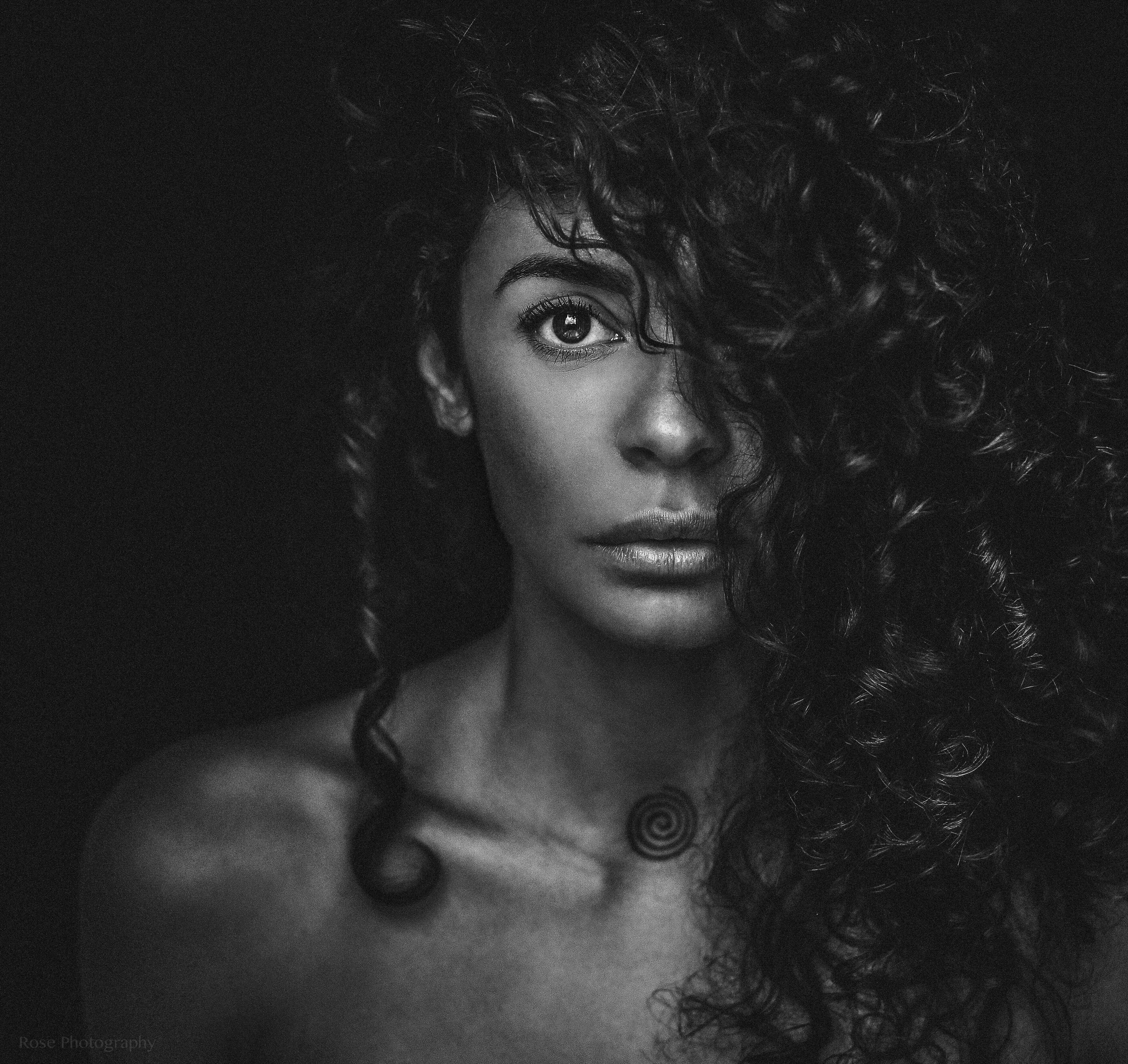 Fajah Lourens: de acteerkriebels in 'Suriname' even terug