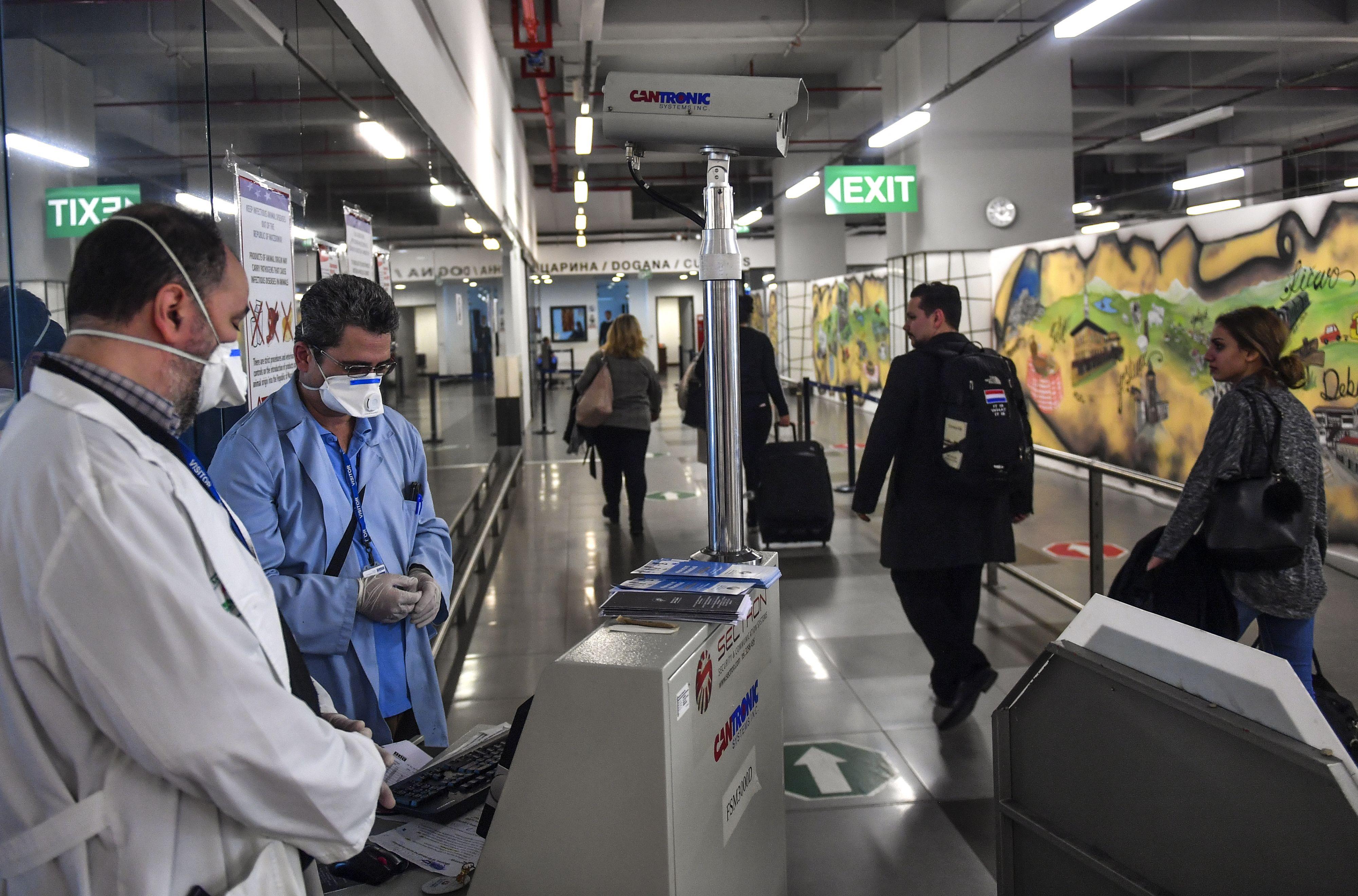 Coronavirus nu ook in Ierland en Armenië, Australië meldt eerste dode.