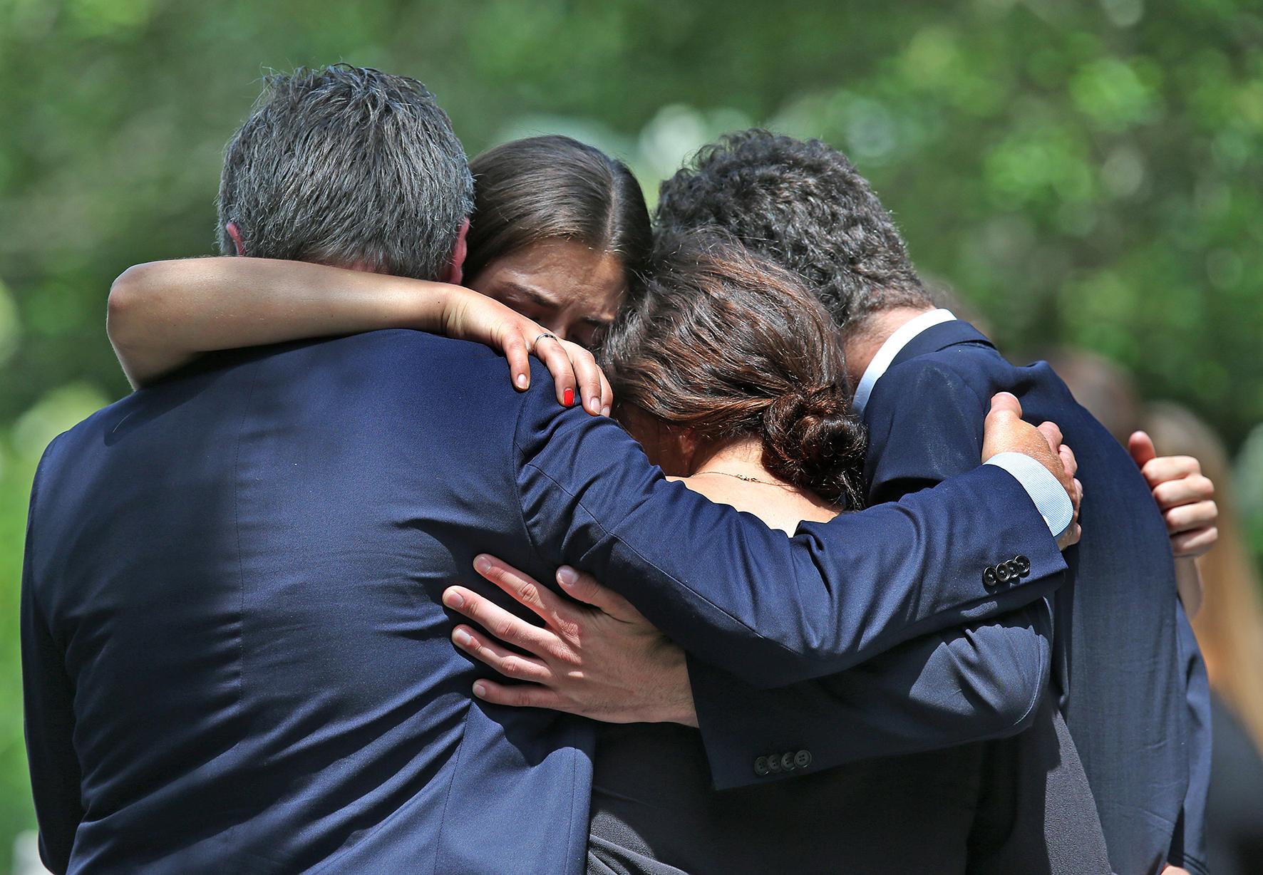 Wederom rampspoed voor de Kennedy-familie: moeder en zoon vermist.