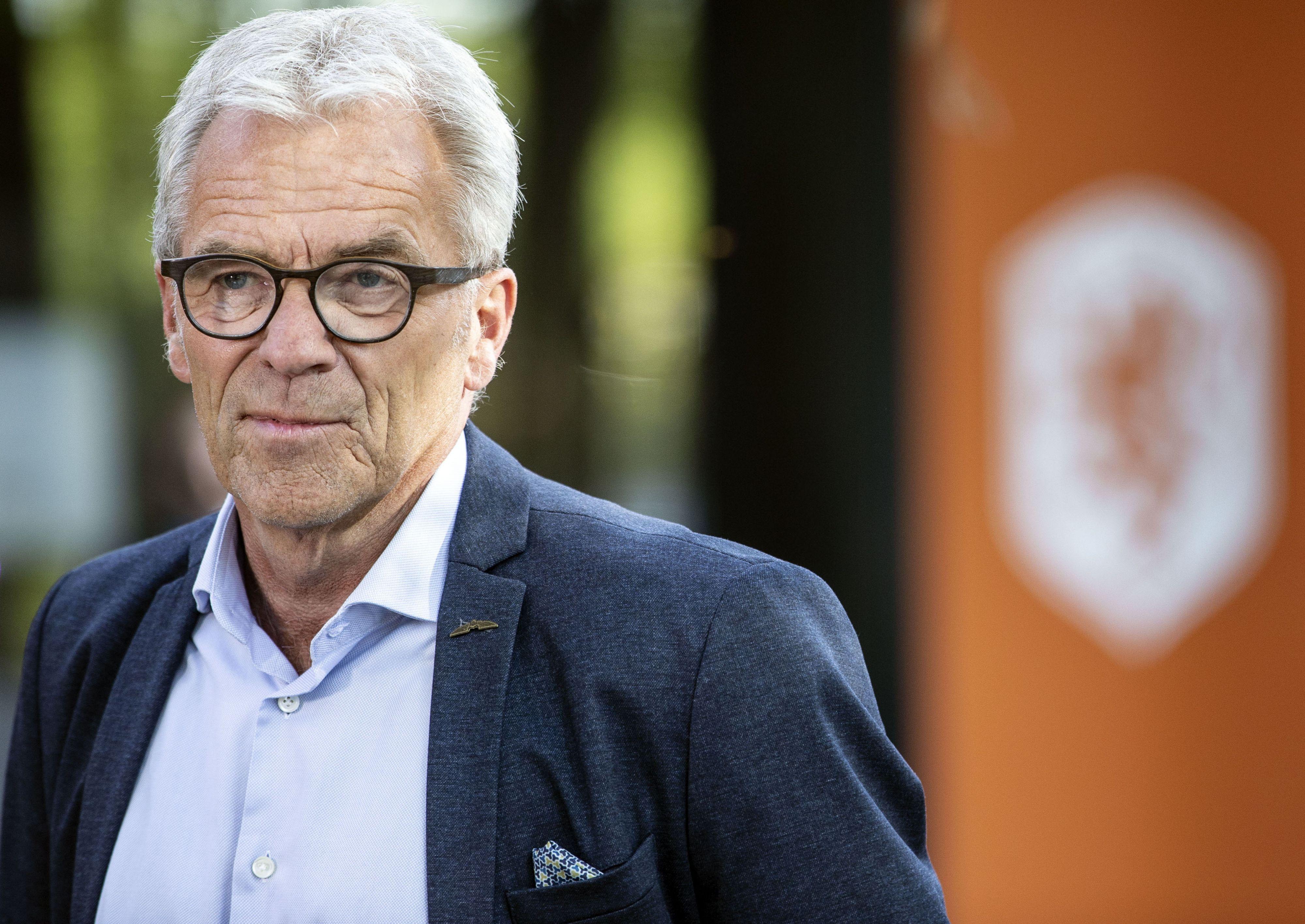 KNVB luidt noodklok: crisis kost voetbal 300 tot 400 miljoen