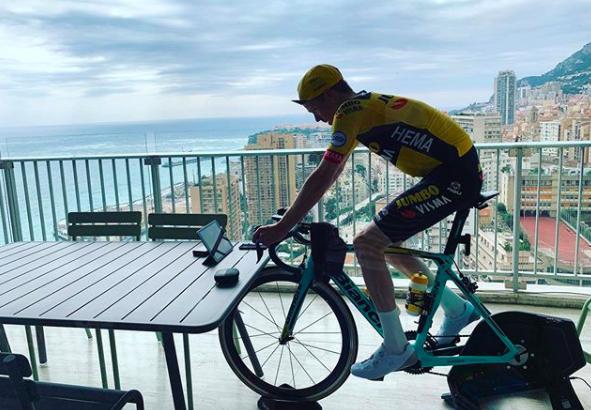 Steven Kruijswijk: 'In Monaco kom je letterlijk niet vooruit'