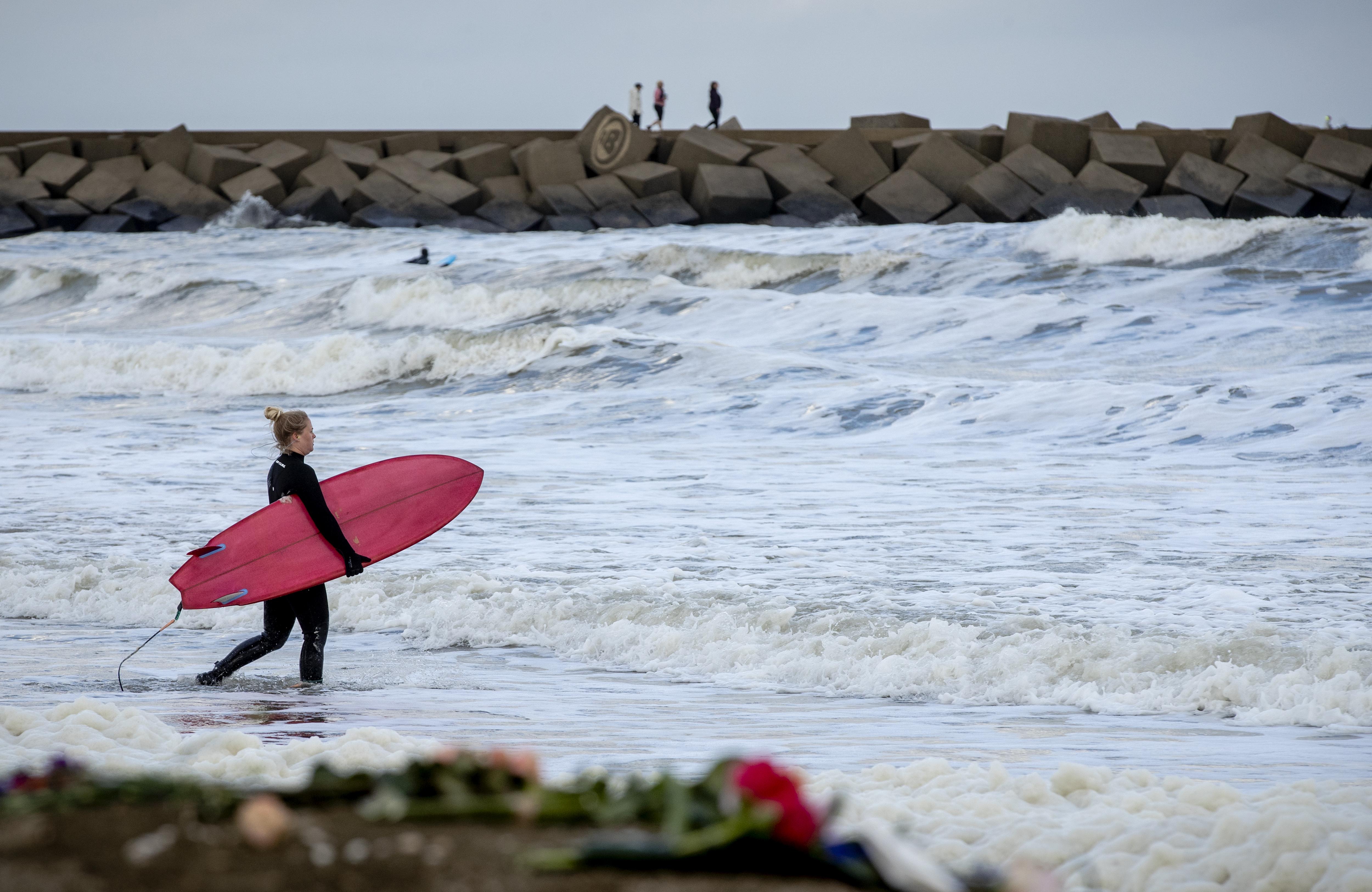Weer surfen bij Scheveningen