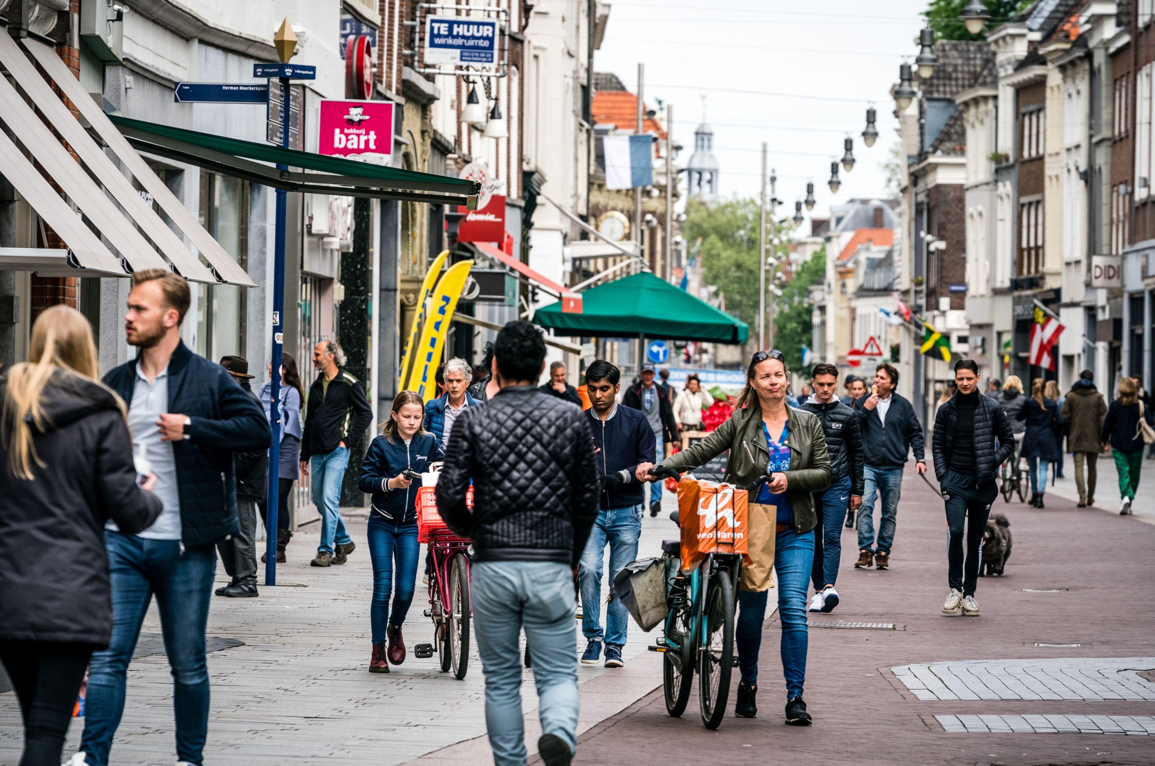 Eenrichtingsverkeer voetgangers Den Bosch