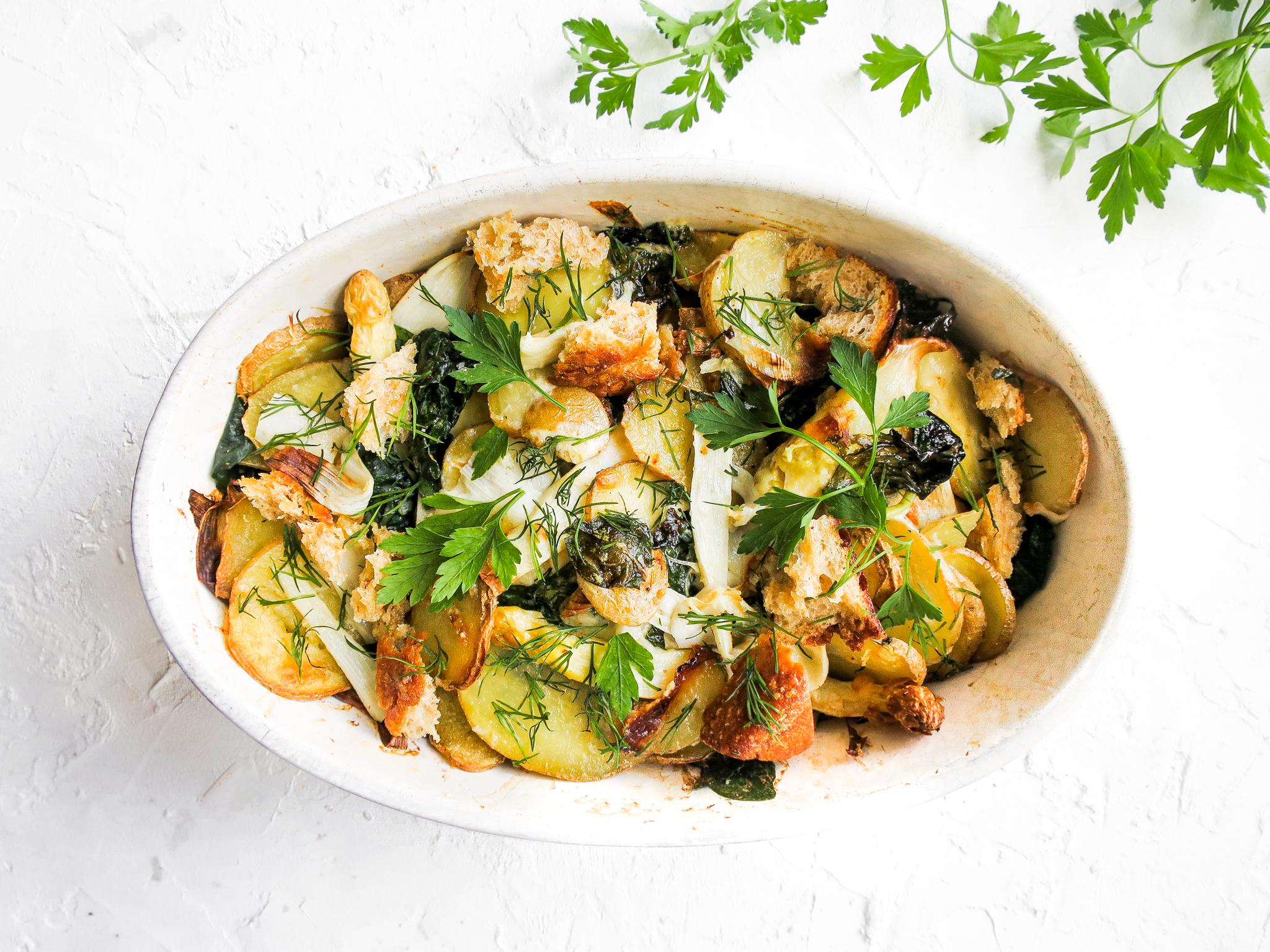 Wat eten we vandaag? Lente-gratin met witte asperges, spinazie en aard