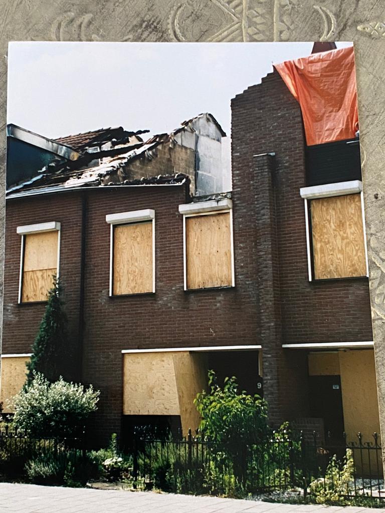 Beschadigd huis na de Vuurwerkramp