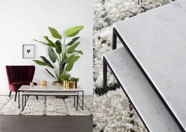 Twee foto's van witte marmeren tafels