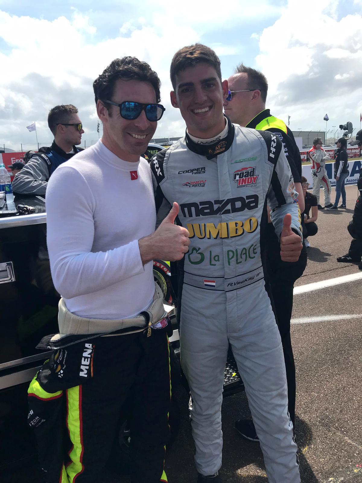 Rinus van Kalmthout (rechts) samen met Simon Pagenaud, de coureur die vorig jaar de Indy 500 won en als tweede in het kampioenschap eindigde.
