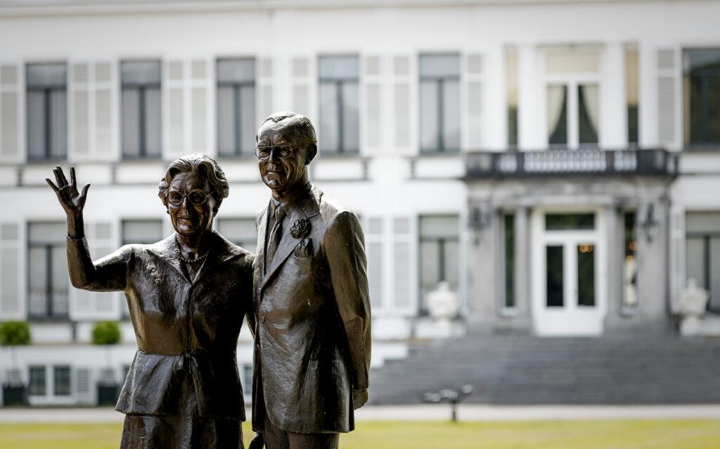 Tot 2004 woonden prinses Juliana en prins Bernhard in Paleis Soestdijk