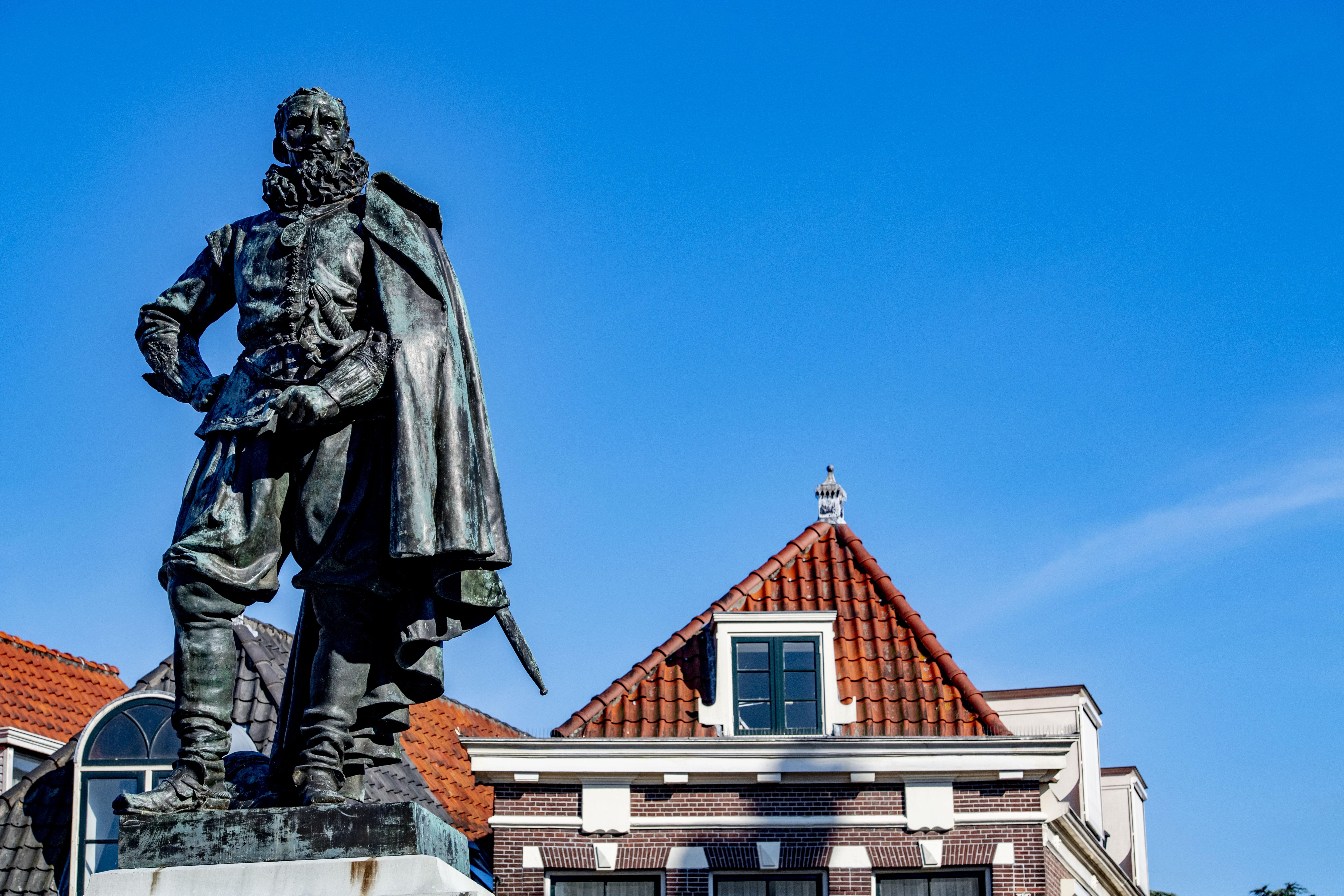 Het beruchte standbeeld waar het allemaal om gaat: Jan Pieterszoon Coen.