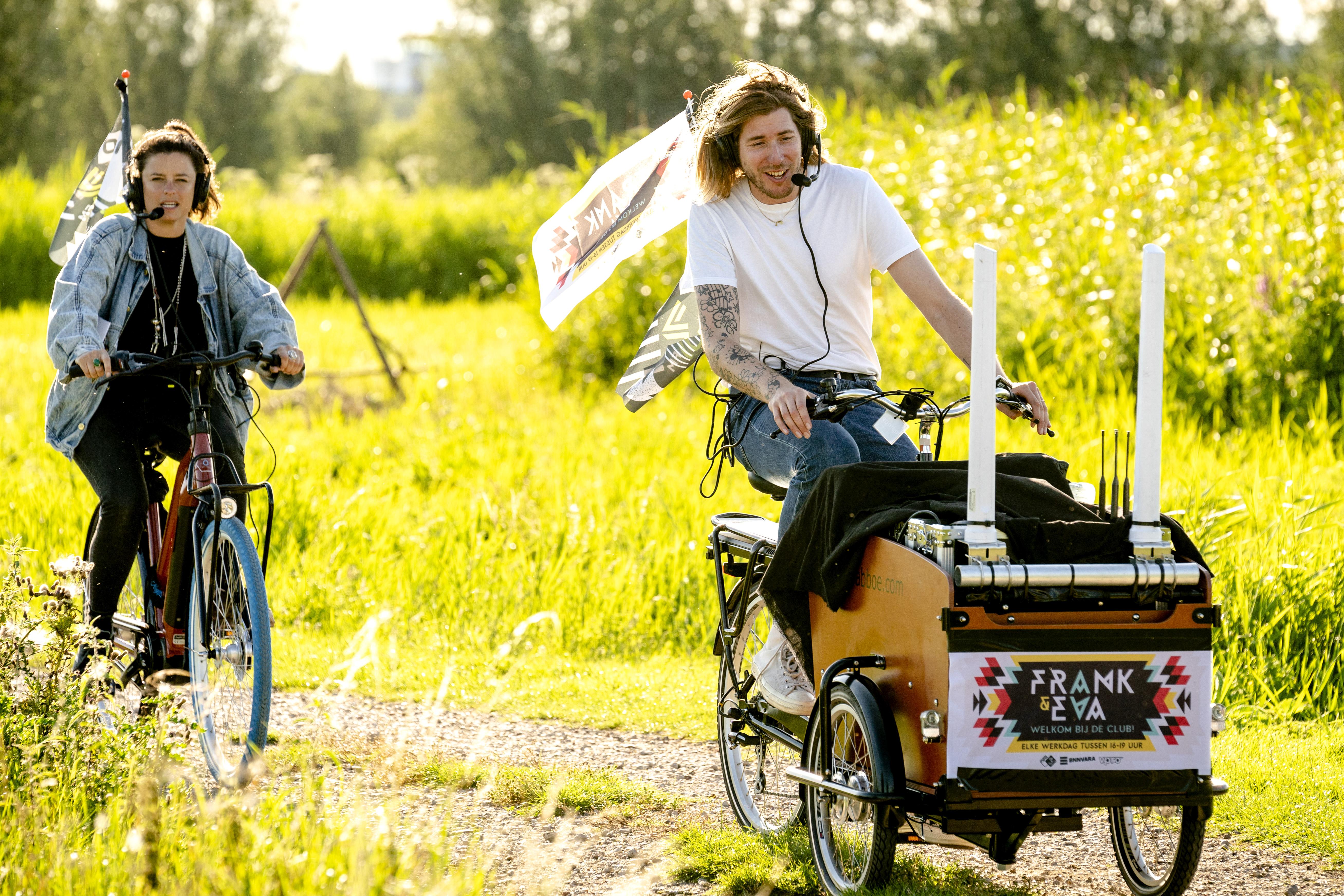 Een foto van Frank van der Lende en Eva Koreman op fietsvakantie