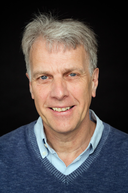 Een foto van schrijver Han van Bree
