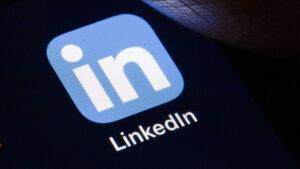 Op deze foto zie je het logo van Linkedin