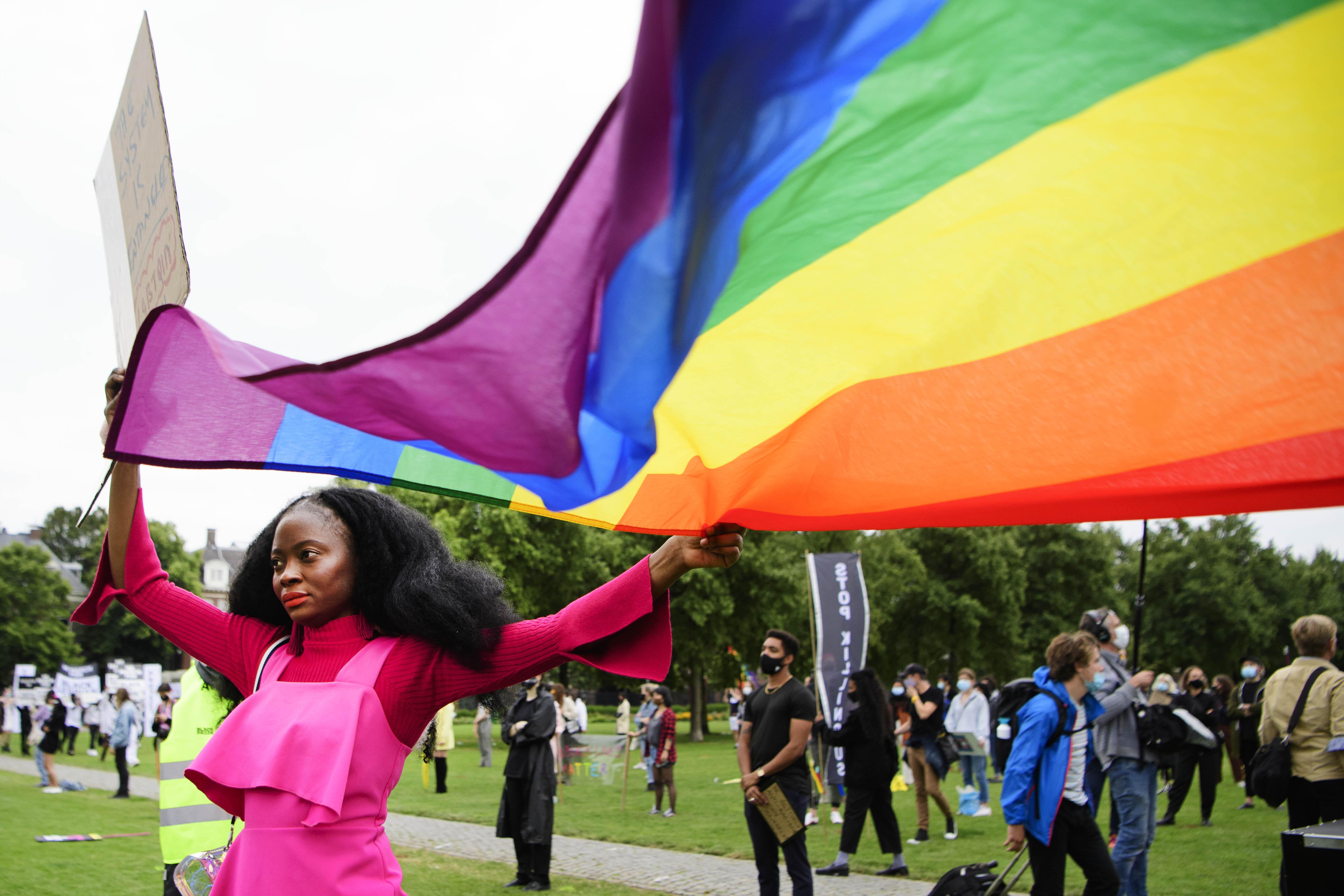 Een foto van een Pride-demonstratie op het Museumplein