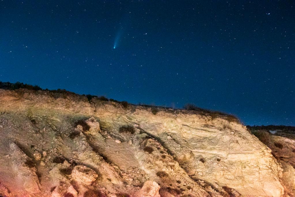 Een foto van NEOWISE gezien vanuit Mexico