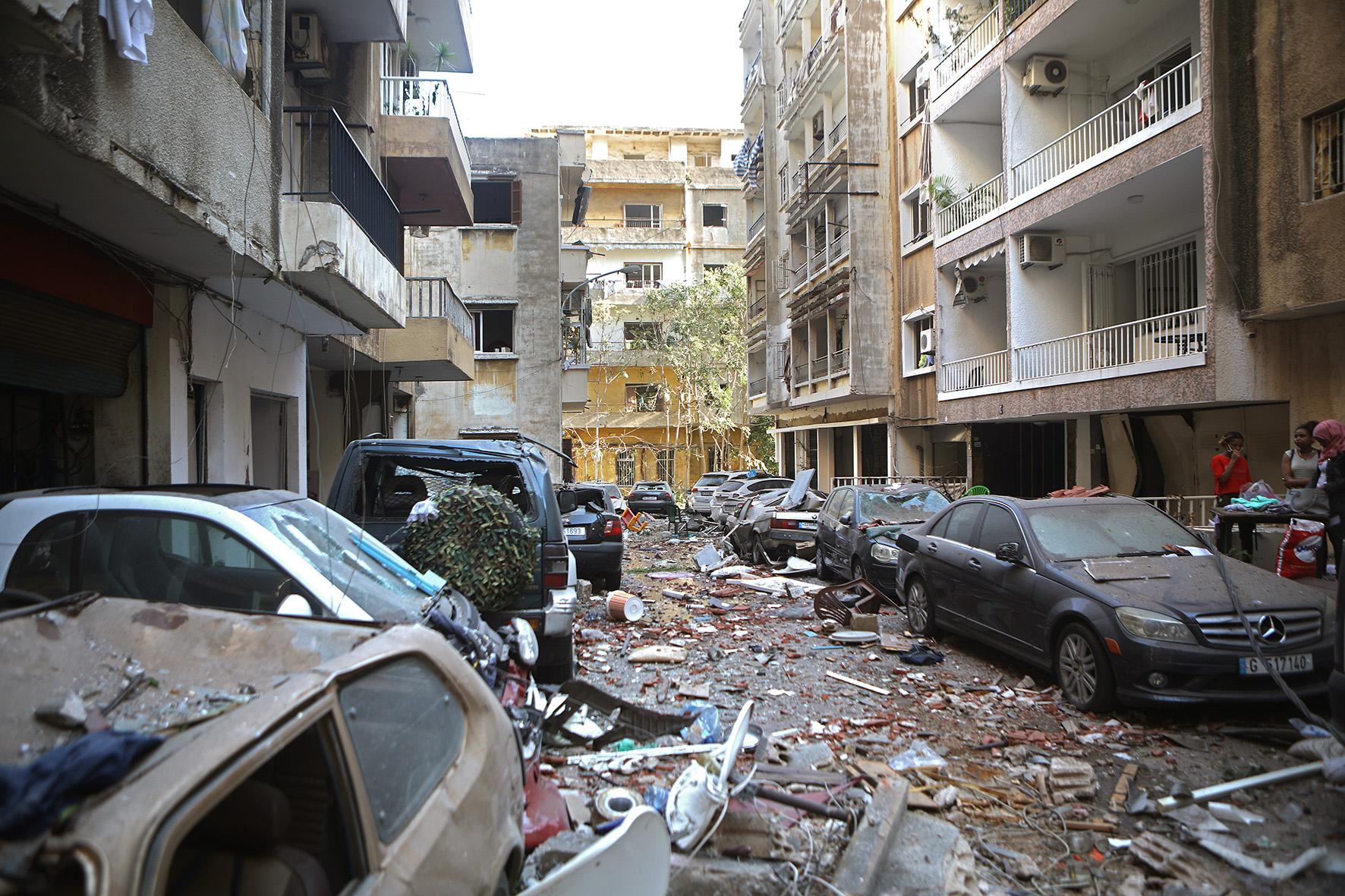 Op deze foto zie je huizen volkomen vernietigd door de explosie in Beirout