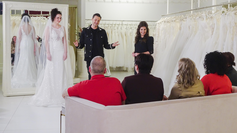 Een foto van Fred van Leer met een bruid in Say Yes To The Dress