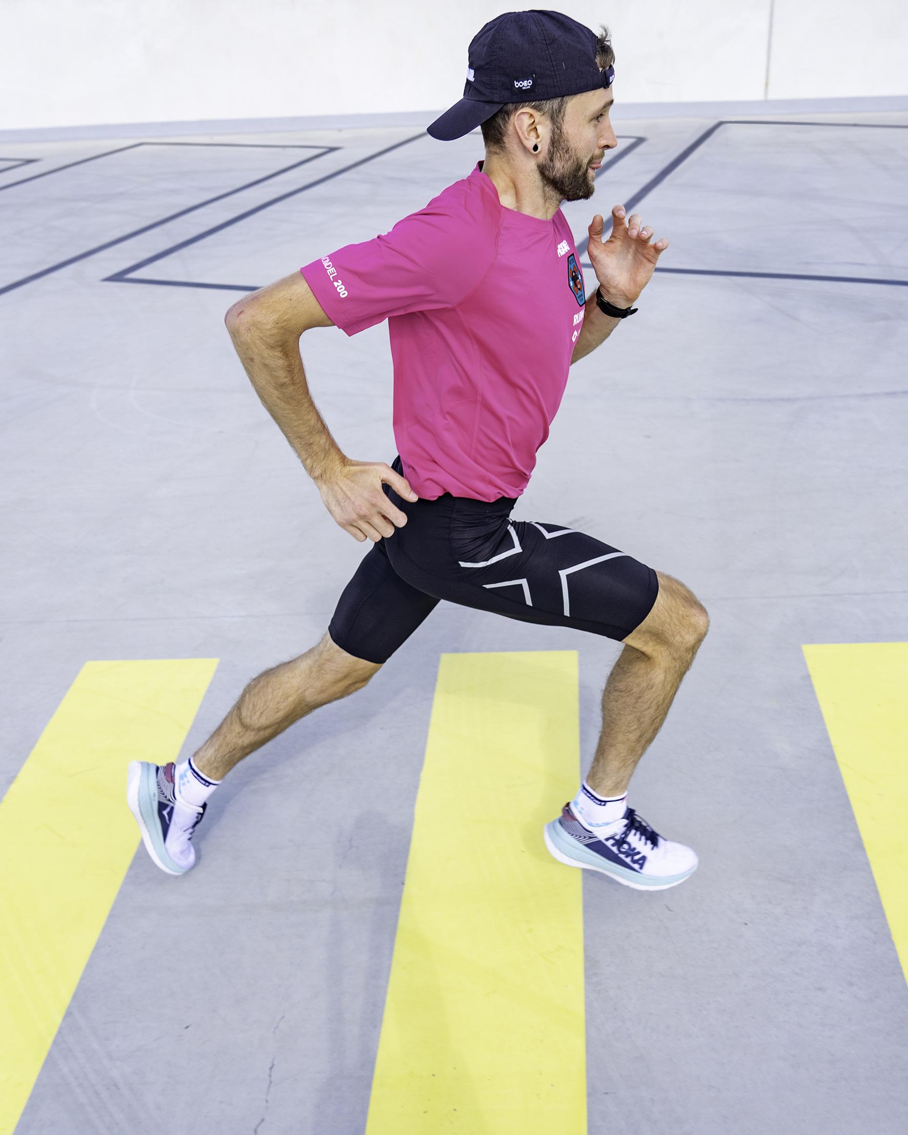 Jake gaat morgen 200 kilometer hardlopen