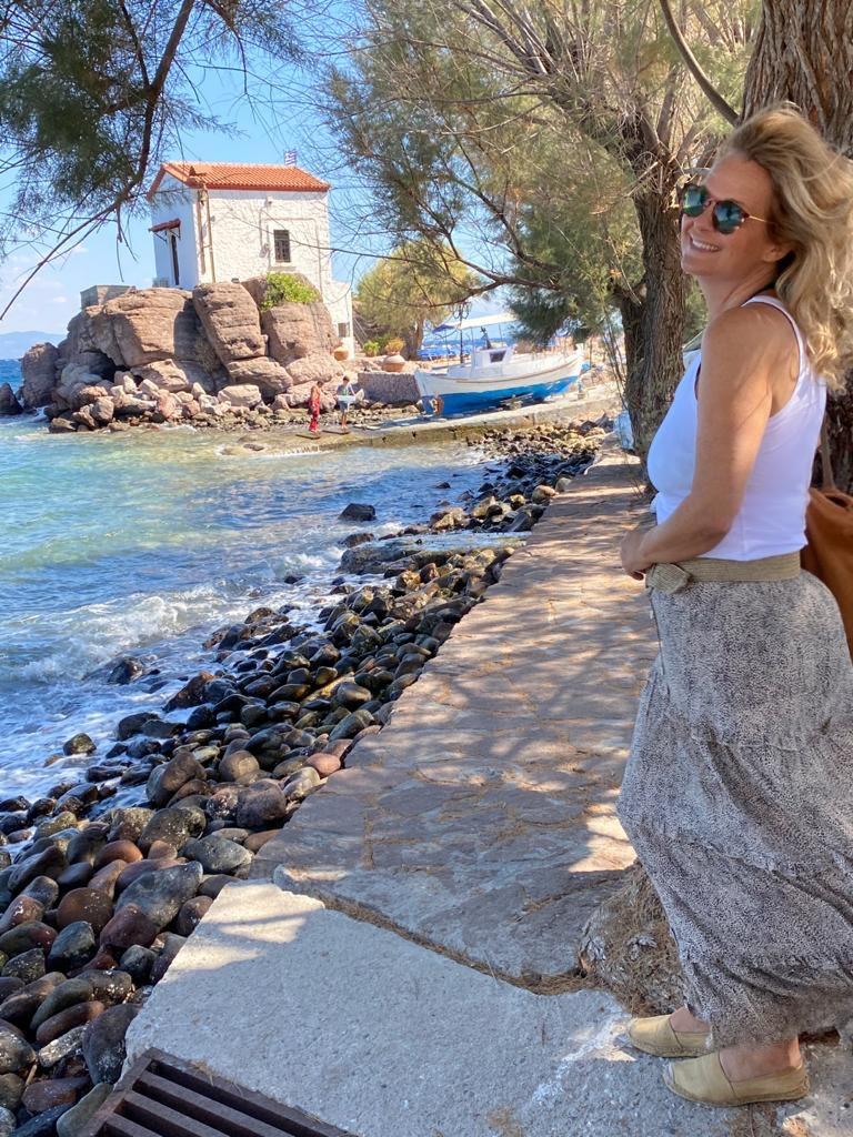 José van Felius is zelfstandig reisadviseur en verblijft momenteel in Petra op Lesbos