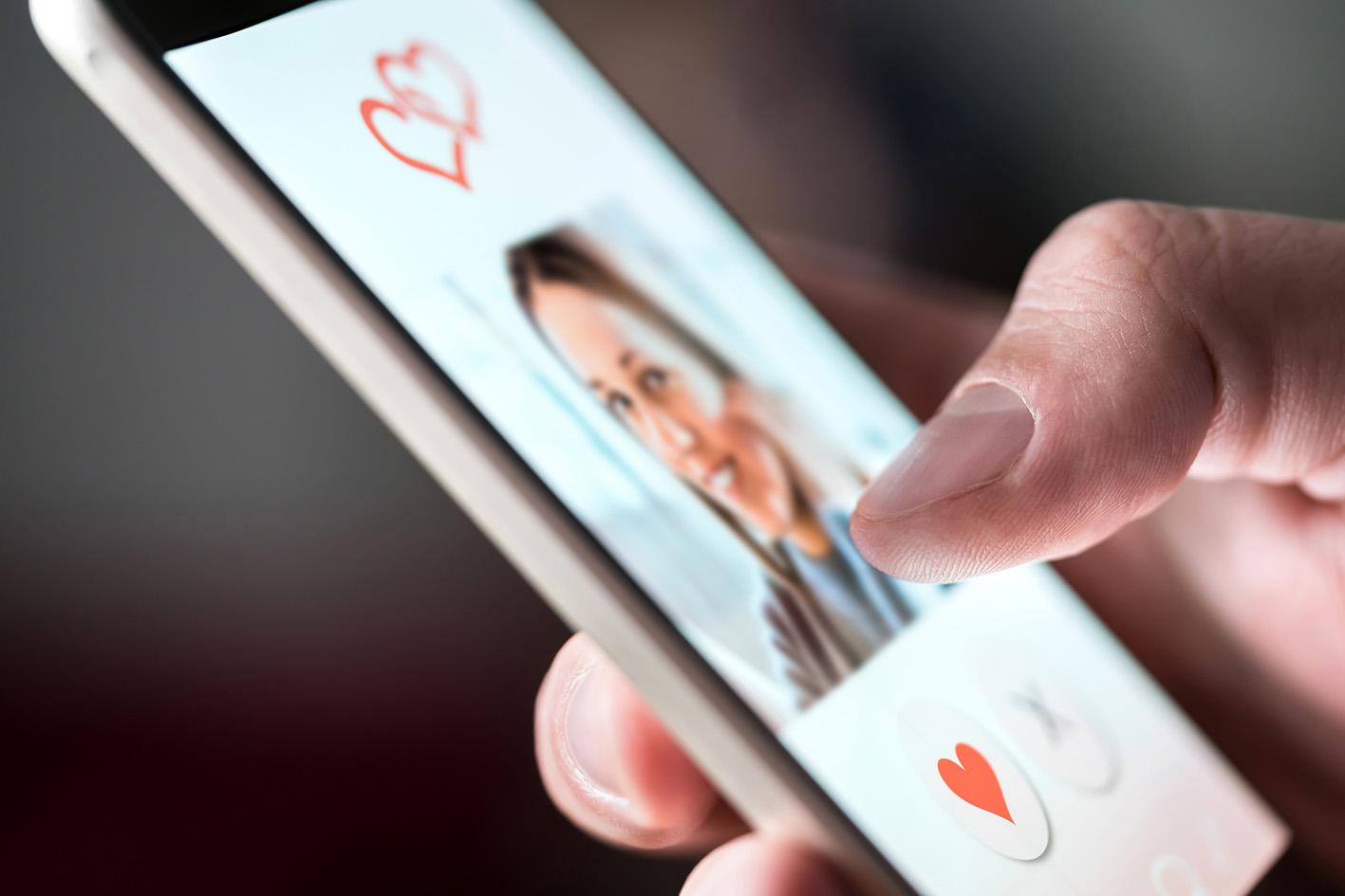 Ga je online daten? Zes dingen waar je op moet letten