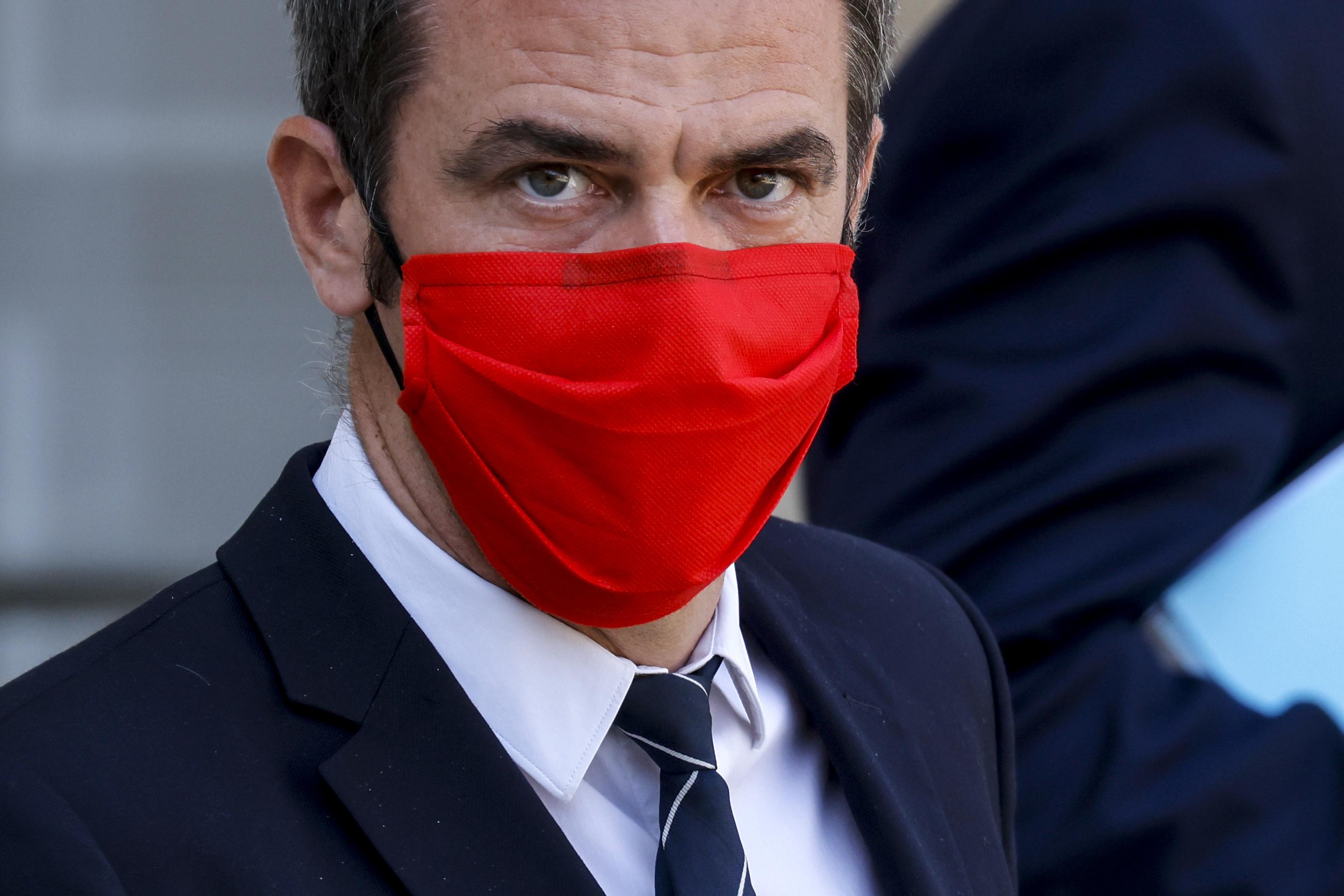 Een foto van de Franse minister Olivier Veran